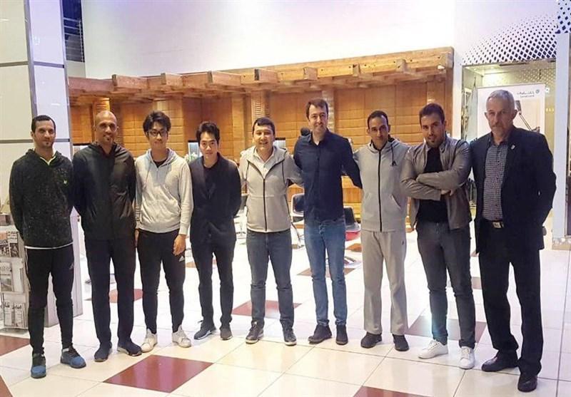 پرسپولیسی ها و داوران عمانی بامداد امروز وارد تهران شدند