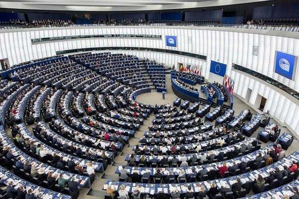 مجلس اروپا موضوع ریاست آینده کمیسیون اروپا را بررسی می کند