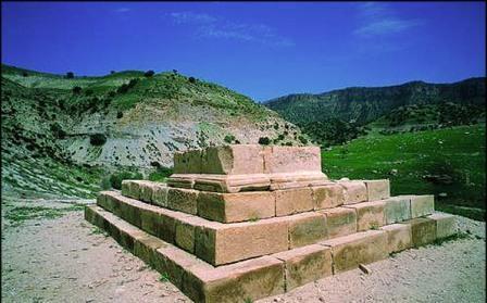 مرمت طاق شیرین و فرهاد در استان ایلام به پایان رسید
