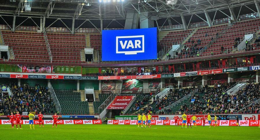 شکایت رئیس بارسلونا به کمیته داوران به دلیل استفاده نشدن از VAR