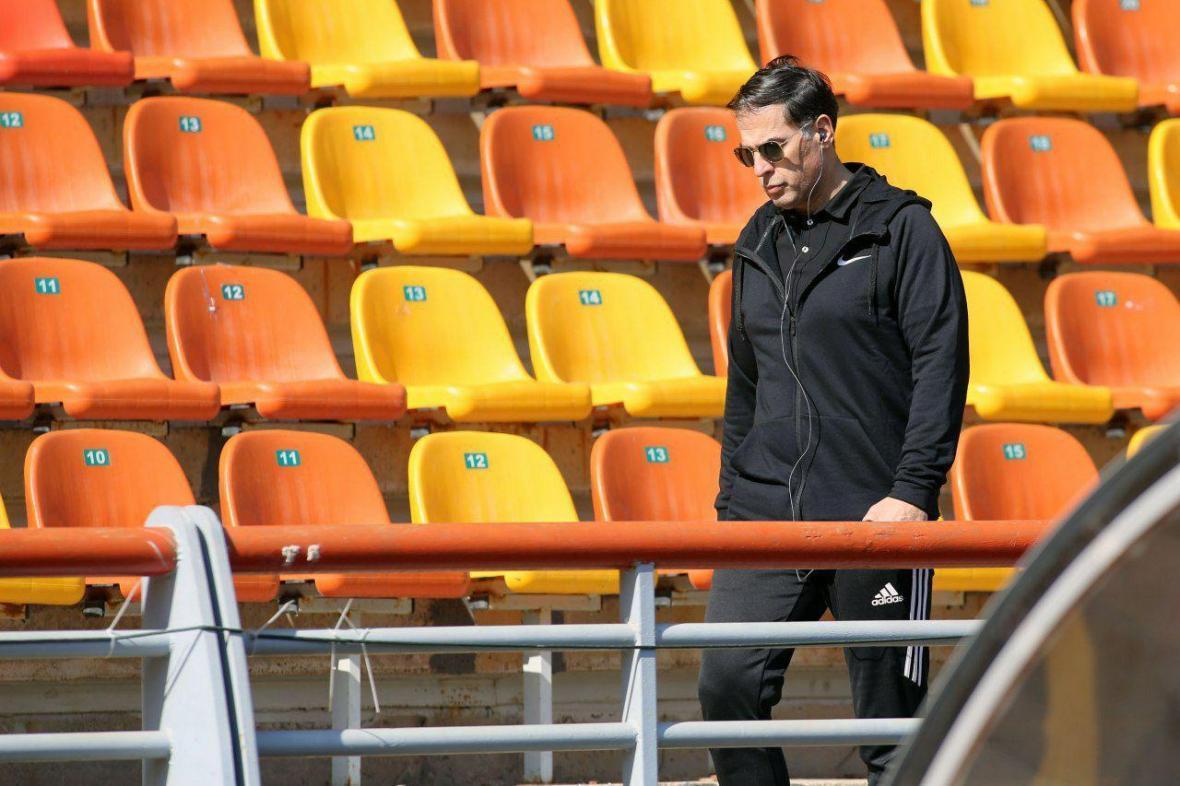 آذری: مدیر وزارت ورزش گفت در فوتبال دخالت نمی کنم، اما پیگیر حل مسائل استقلال و پرسپولیس بود