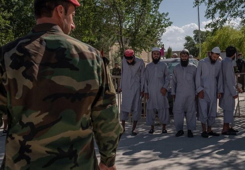 چانه زنی دولت افغانستان با آمریکا دلیل مهم تاخیر آزادی زندانیان طالبان