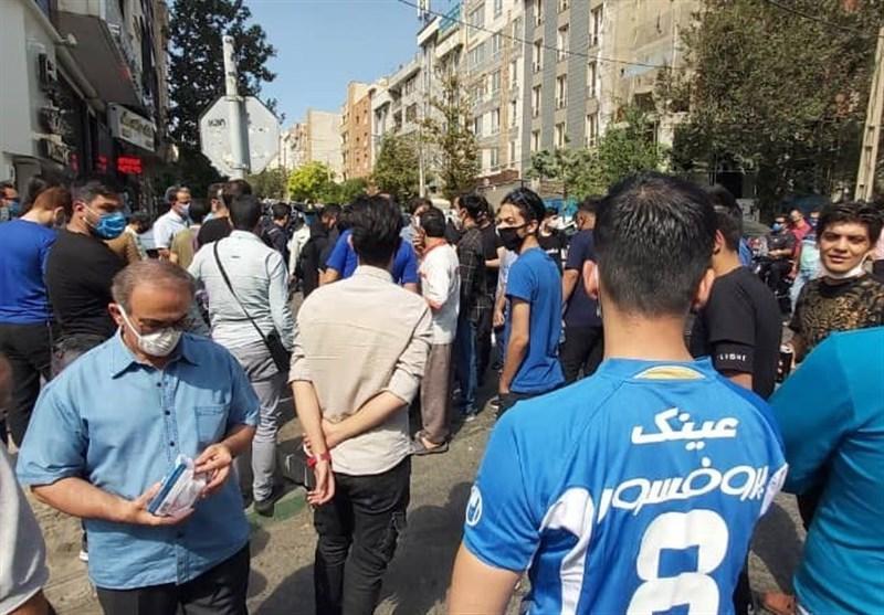 تجمع طرفداران استقلال این بار مقابل مجلس