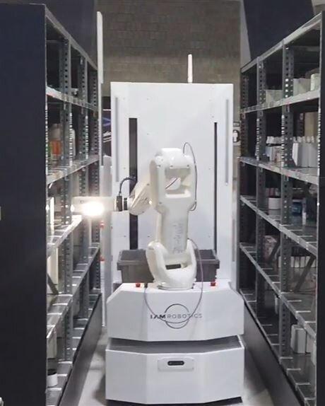 استفاده از ربات ها برای بسته بندی لوازم پزشکی بیمارستان ها